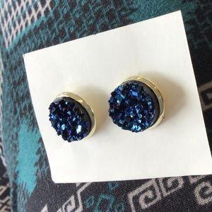 Dark blue stone Earrings!